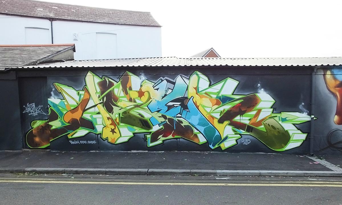 colours-hoxe-cardiff-graffiti-art-murals