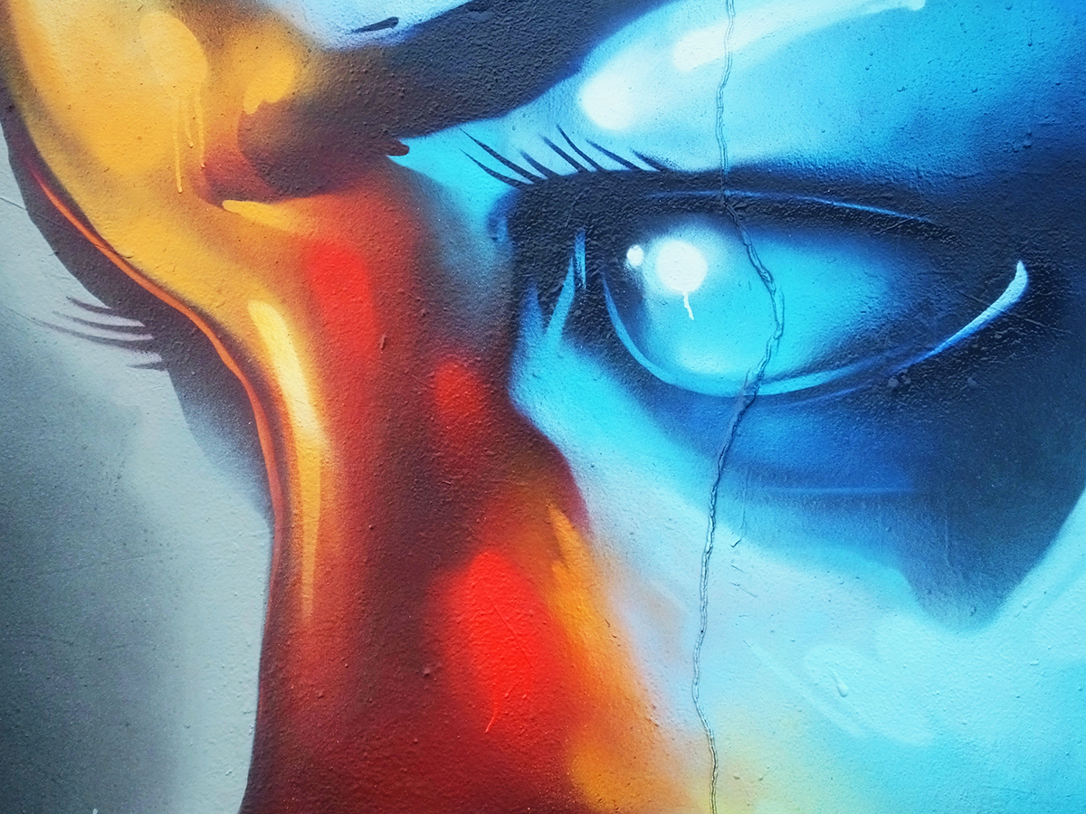 colours-hoxe-rmer-amoe-cardiff-graffiti-art-murals-portrait-character