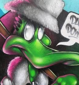 duck-down-graffiti-cardiff-mural-rmer-daffy-bode